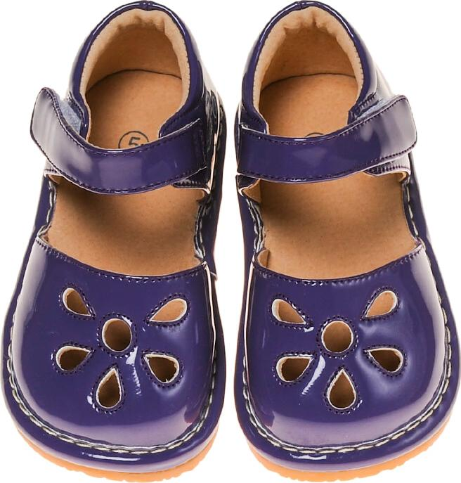 63a67aa1bf043f Squeaky Shoes